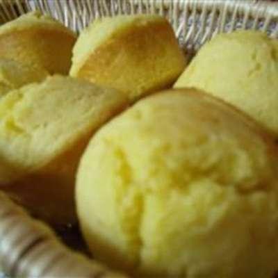 Cornbread Muffins II - RecipeNode.com
