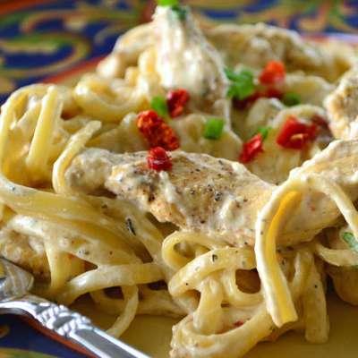 Creamy Cajun Chicken Pasta - RecipeNode.com