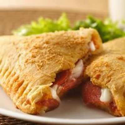 Crescent Pizza Pockets - RecipeNode.com