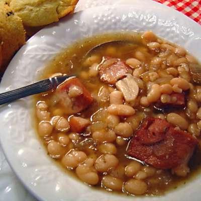 Crock Pot Ham and Beans - RecipeNode.com