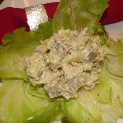 Crunchy Turkey Salad - RecipeNode.com
