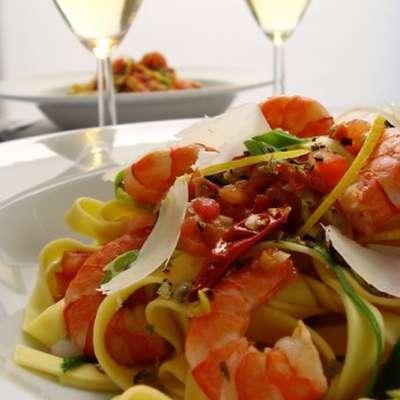 Easy Spicy Shrimp Pasta  - Low Fat - RecipeNode.com