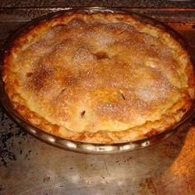 Emily's Famous Apple Pie - RecipeNode.com