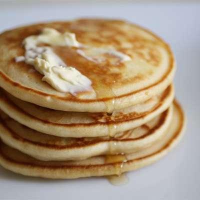 Fluffy Pancakes - RecipeNode.com