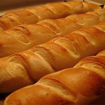 French Baguettes - RecipeNode.com