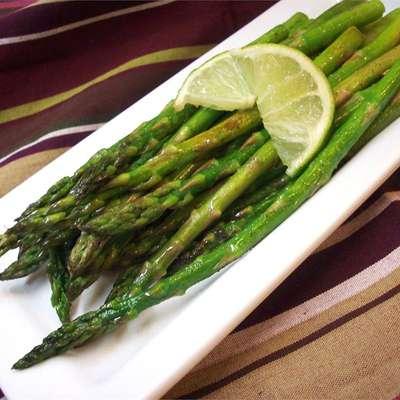Garlic Asparagus with Lime - RecipeNode.com