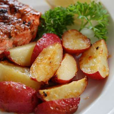 Garlic Red Potatoes - RecipeNode.com