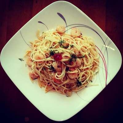 Garlic Shrimp Pasta - RecipeNode.com