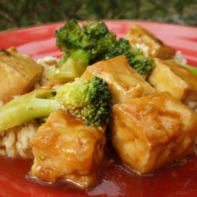 General Tso's Tofu - RecipeNode.com