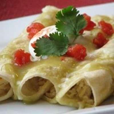 Green Sauce Enchiladas - RecipeNode.com