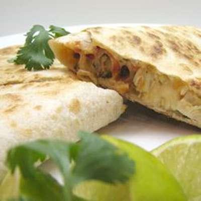 Grilled Chicken Quesadillas - RecipeNode.com