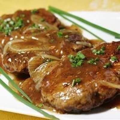 Hamburger Steak with Onions and Gravy - RecipeNode.com