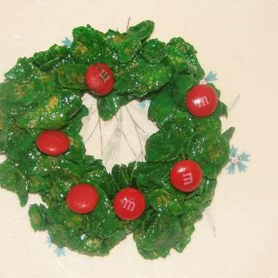 Holly Christmas Cookies - RecipeNode.com
