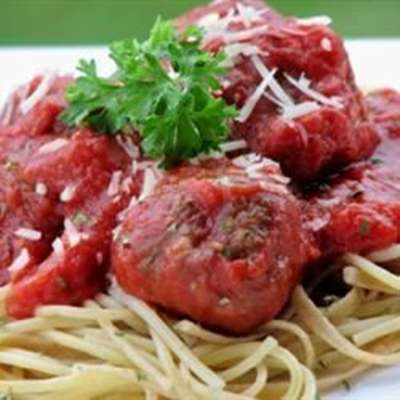 Italian Spaghetti Sauce with Meatballs - RecipeNode.com