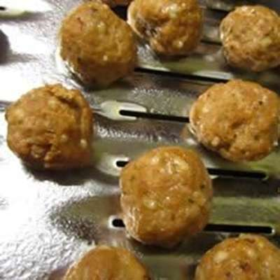 Italian Turkey Meatballs - RecipeNode.com