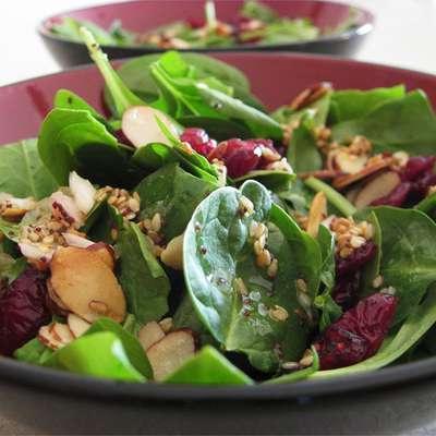 Jamie's Cranberry Spinach Salad - RecipeNode.com