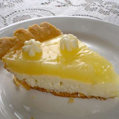 Kittencal's Lemon Cream Cheese Pie - RecipeNode.com