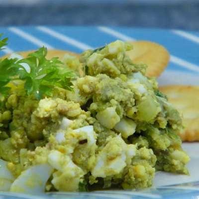 Light Avocado Egg Salad - RecipeNode.com