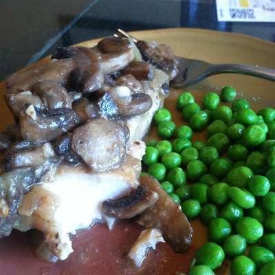 Mahi Mahi with Onions and Mushrooms - RecipeNode.com