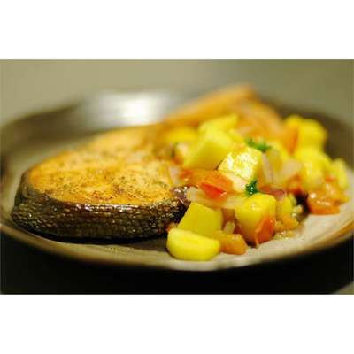 Mango Salsa Salmon - RecipeNode.com