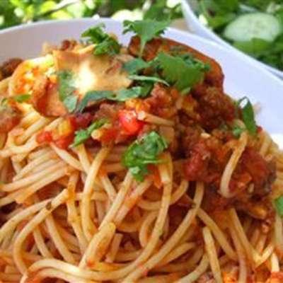 Mariu's Spaghetti with Meat Sauce - RecipeNode.com
