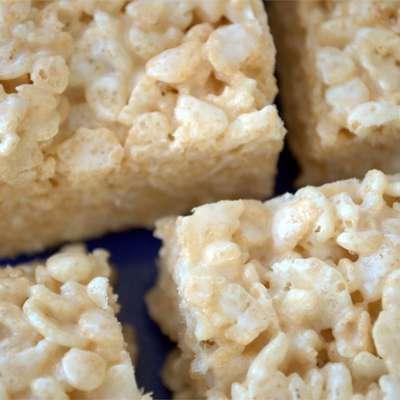 Marshmallow Crispie Bars - RecipeNode.com
