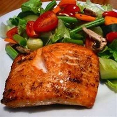 Melt-in-Your-Mouth Broiled Salmon - RecipeNode.com