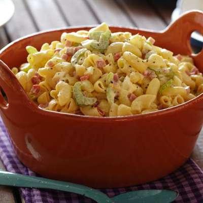 Old-Fashioned Macaroni Salad - RecipeNode.com