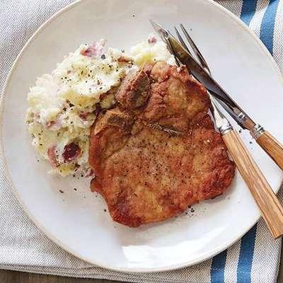 Pan Fried Pork Chops - RecipeNode.com