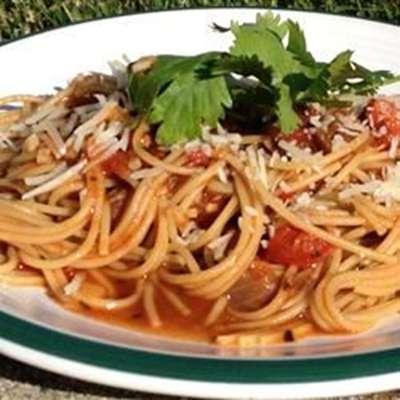 Pasta Pomodoro - RecipeNode.com