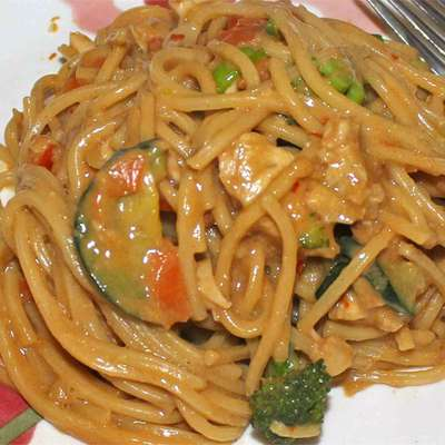 Pasta With Peanut Sauce - RecipeNode.com