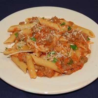 Penne with Spicy Vodka Tomato Cream Sauce - RecipeNode.com