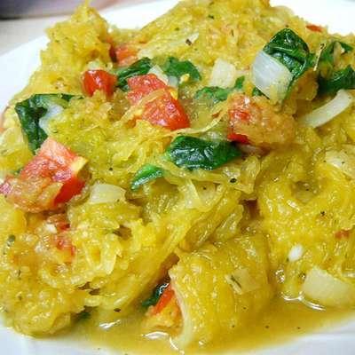 Pesto Spaghetti Squash - RecipeNode.com