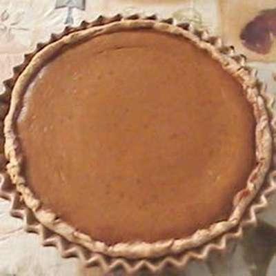 Pilgrim Pumpkin Pie - RecipeNode.com