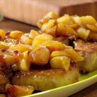 Pork Chops, Golden Apple and Raisin Sauce, Whole Wheat Pasta Mac-n-Cheddar - RecipeNode.com