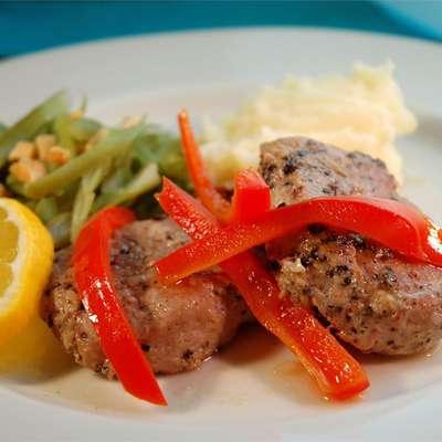 Portuguese Pork with Red Peppers - RecipeNode.com