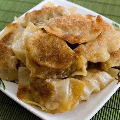 Pot Stickers (Chinese Dumplings) - RecipeNode.com