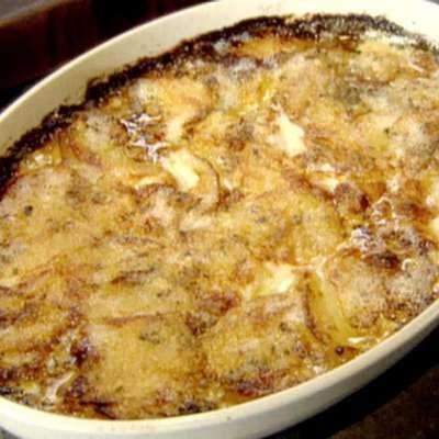 Potatoes Gratin - RecipeNode.com