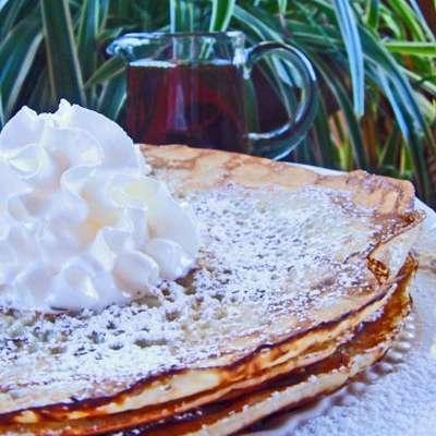 Real Swedish Pancakes (Pannkakor) - RecipeNode.com