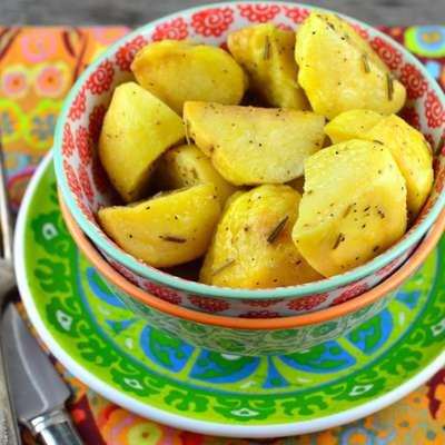 Rosemary Potatoes - Microwave - RecipeNode.com