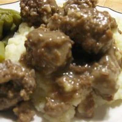 Sauerbraten Klopse (Sauerbraten Meatballs) - RecipeNode.com