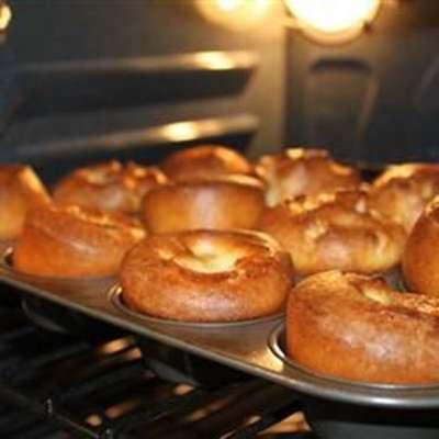 Sky High Yorkshire Pudding - RecipeNode.com