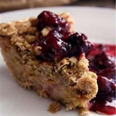 Sour Cream Rhubarb Pie - RecipeNode.com