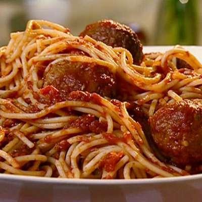 Spaghetti with Turkey Meatballs - RecipeNode.com