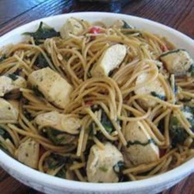 Spinach Garlic Pasta - RecipeNode.com