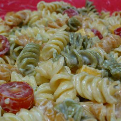 Super Easy Pasta Salad - RecipeNode.com