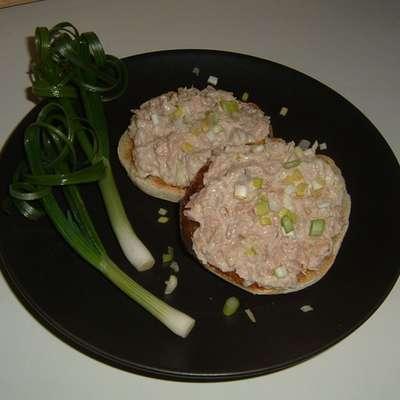 Sushi-Inspired Tuna Salad - RecipeNode.com