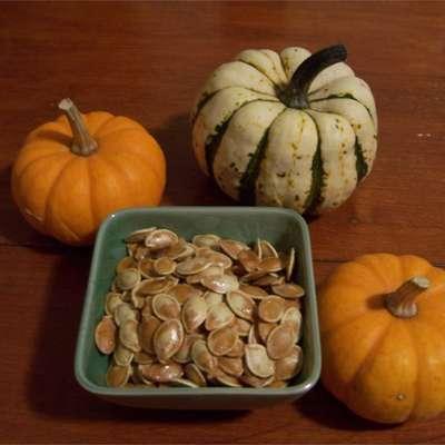Toasted Pumpkin Seeds - RecipeNode.com