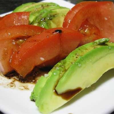 Tomato and Avocado Salad - RecipeNode.com