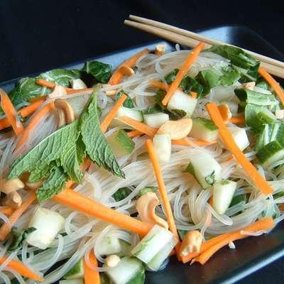 Vietnamese Rice-Noodle Salad - RecipeNode.com